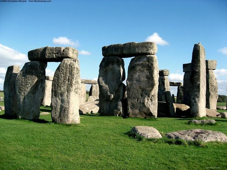 Родственники Стоунхенджа. В Молдове есть «думающие» камни?