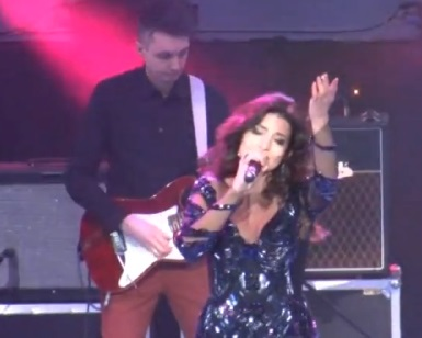 Жасмин дала в Кишиневе праздничный концерт