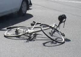 Недалеко от Кишинева полицейский насмерть сбил велосипедиста