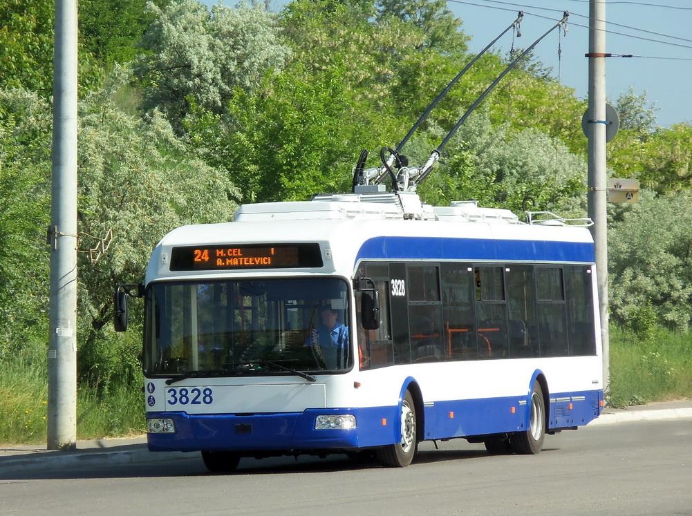 До конца года в Кишиневе появятся пять новых троллейбусов
