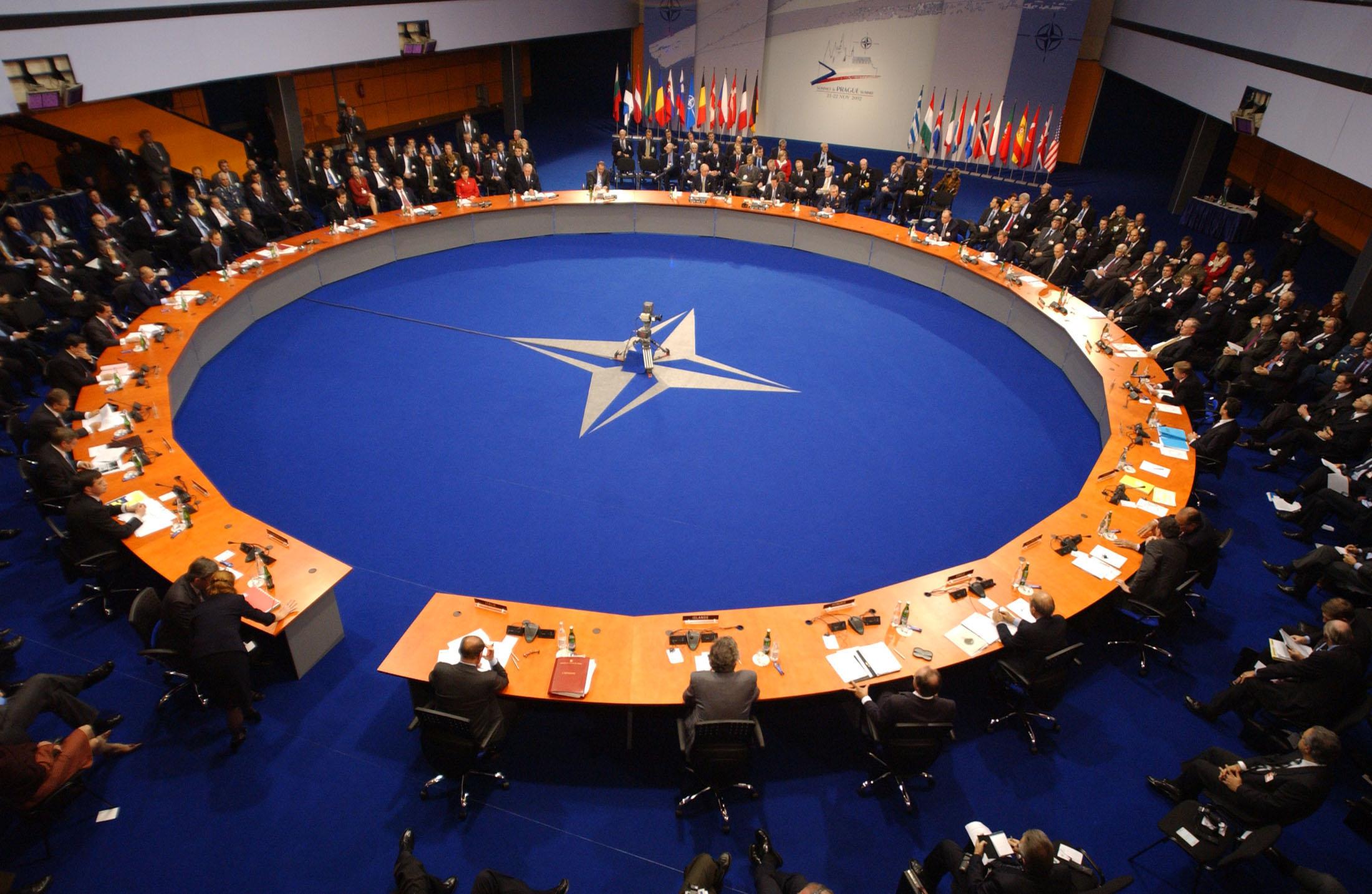 Молдова не будет отказываться от сотрудничества с НАТО