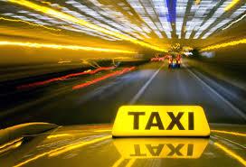 Названа служба такси, чьи авто чаще других попадают в ДТП