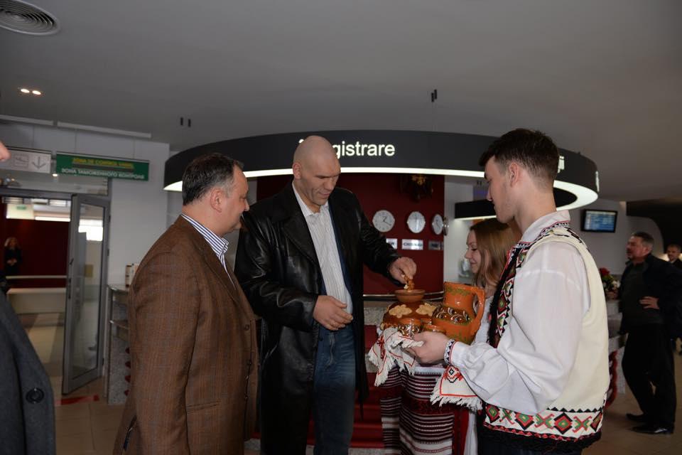 Николай Валуев прибыл в Кишинев