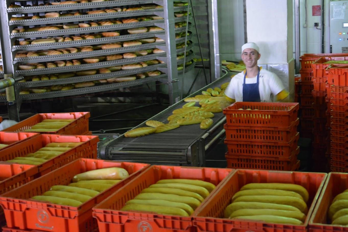 """АО """"Franzeluţa"""" возобновит выпечку социального хлеба"""