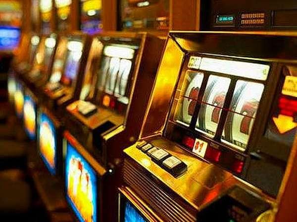 В сети можно найти бесплатные развлечения для любителей азарта