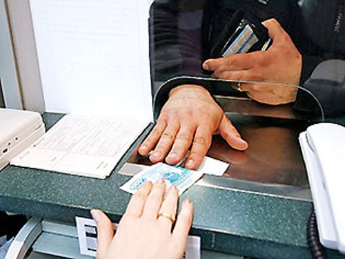 В мае молдавские мигранты перечислили свыше 100 миллионов долларов