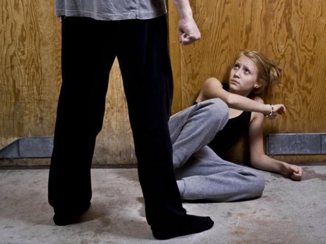 Молдаванин получил 12 лет тюрьмы за попытку изнасилования дочери