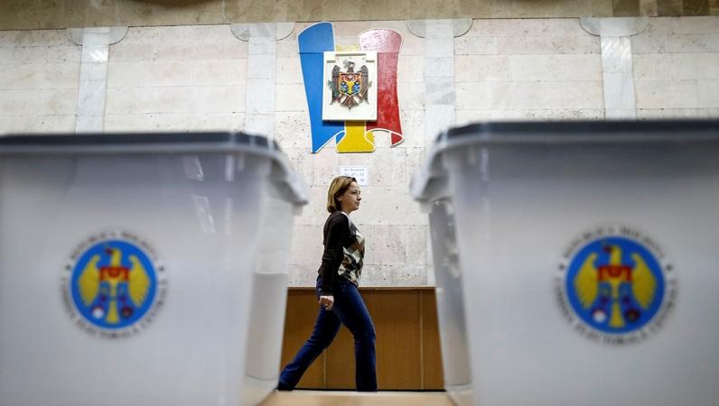 Эксперт: правящие коалиции в местных советах будут специфичными