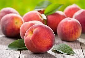 В Молдове в этом году выдался хороший урожай персиков, но продавать их негде