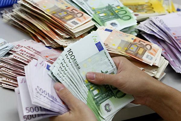В Австрии в Дунае нашли 100 тысяч евро