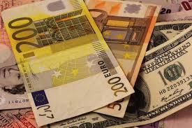 Курс валют на сегодня: евро растет, доллар стабилен