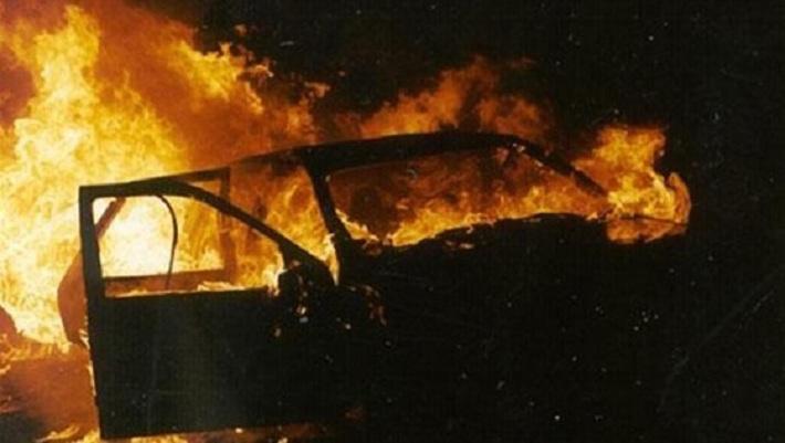 Минувшим вечером на выезде из Кишинева сгорел автомобиль