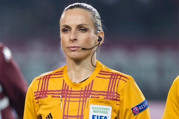 Женщина-арбитр на матче Молдова-Россия: кто она
