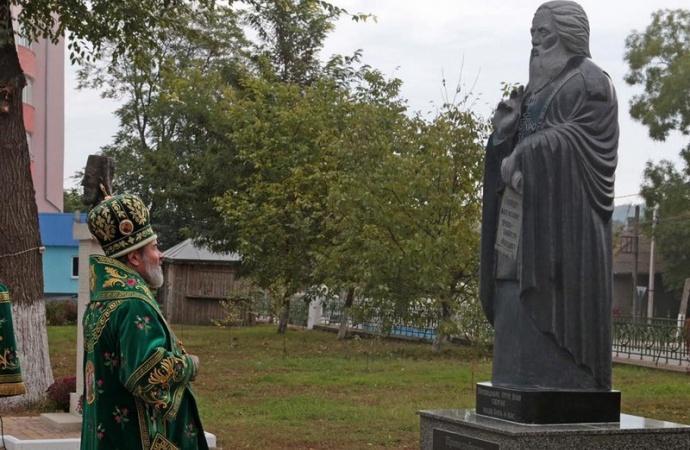 В Бельцах открыт памятник Сергию Радонежскому (ФОТО)