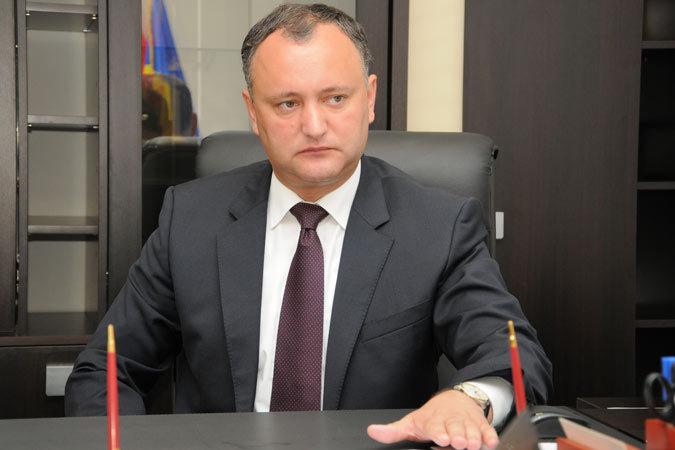 Додон – Усатому: Сейчас мы должны сконцентрироваться на борьбе против евроунионистов и олигархов