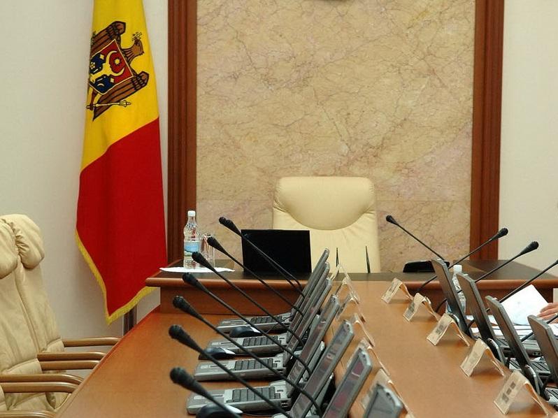 4 января в 14.00 начнется специальное заседание парламента
