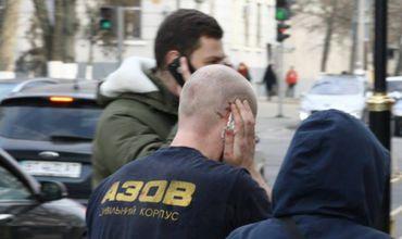 В драке депутат откусил ухо активисту «Азова»