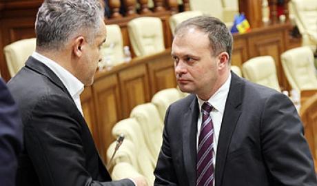 Плахотнюк и его фин Канду поддерживают на выборах Санду, - Додон (ВИДЕО)