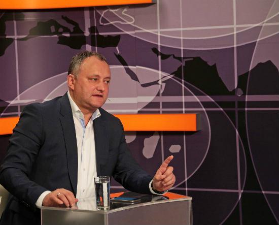 Додон приветствовал решение Усатого выдвинуть контркандидата на пост президента
