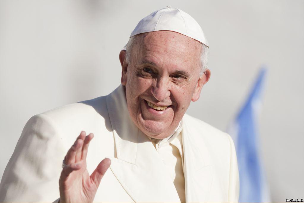 Папа Франциск поздравил жителей Земли с Новым годом по лунному календарю
