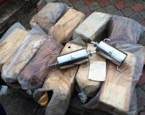 60 килограммов ртути обнаружили во дворе жилого дома на Буюканах