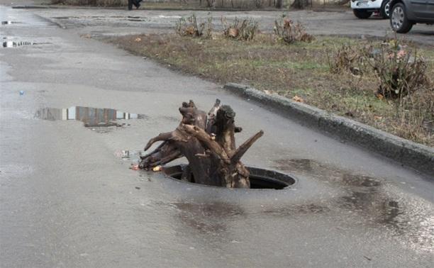 Куда исчезают крышки канализационных люков?