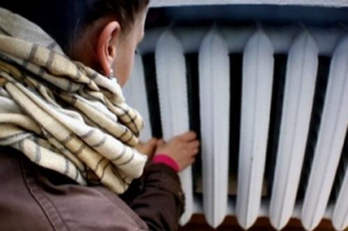 Холодно, но экономно: более 80 зданий столицы до сих пор не подключены к отоплению