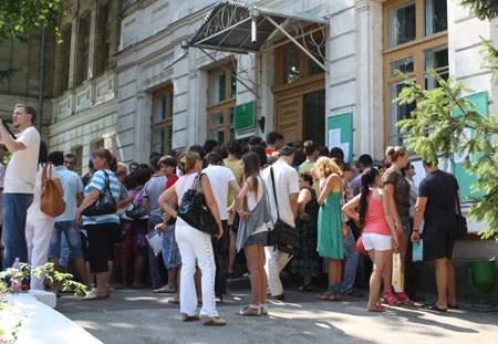 На 10 процентов может подорожать обучение в молдавских ВУЗах