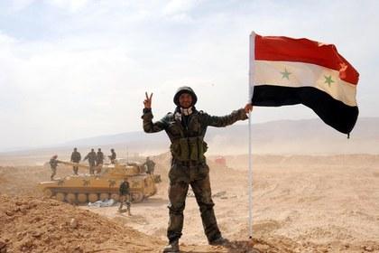 Сирийская армия выбила боевиков ИГ из Эль-Карьятейна