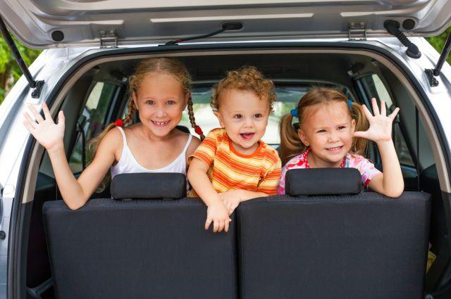 На отдых всей семьёй. Пять правил путешествия с ребёнком