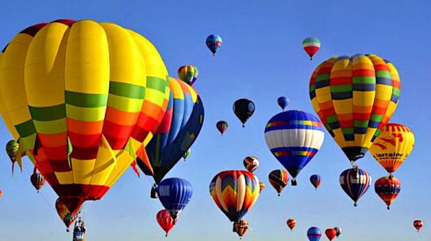 Романтик из Молдовы сделал предложение своей возлюбленной во время полёта на воздушном шаре (ВИДЕО)
