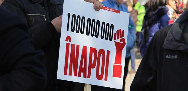 Парламентское большинство продолжает скрывать, сколько денег удалось вернуть из украденного миллиарда (ВИДЕО)
