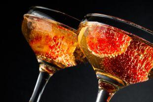 Шампанское с дыней или смородиной. Пять освежающих летних коктейлей
