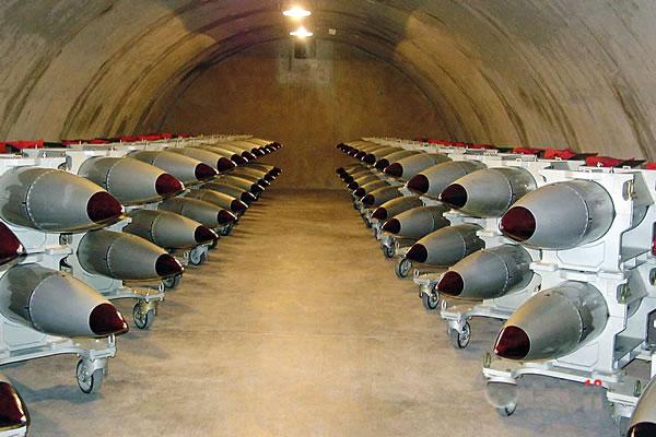 Американские военные начали переброску тактического ядерного оружия в Румынию