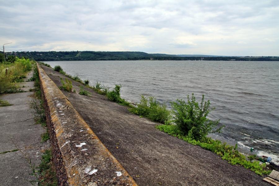 Перед осенними дождями власти внезапно вспомнили про гидроузел озера Гидигич