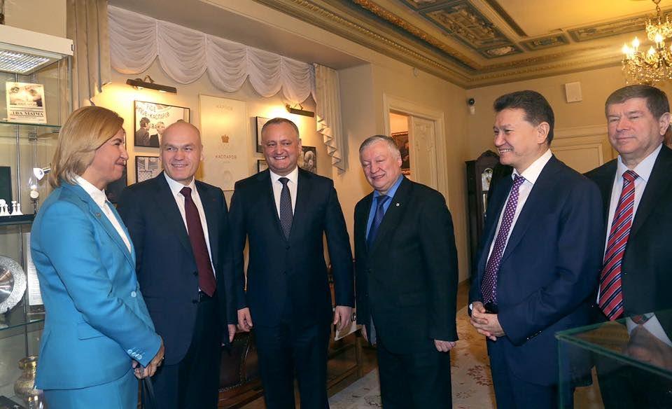 Кирсан Илюмжинов посетит Молдову по приглашению Игоря Додона