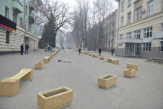 Сквер за миллион леев открылся в Кишинёве