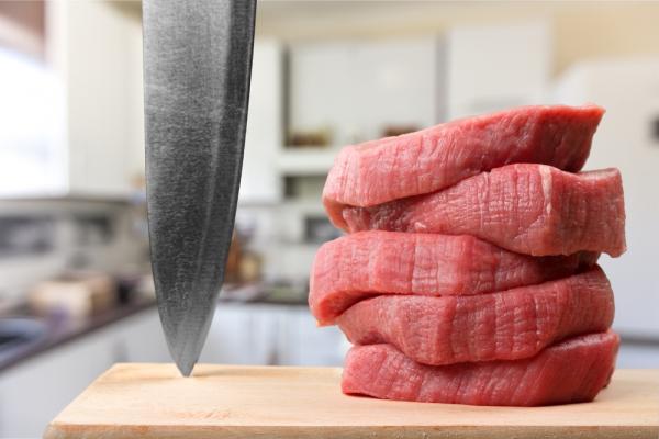 Ввоз мяса из Германии, Польши, Украины и России в Молдову временно запрещен