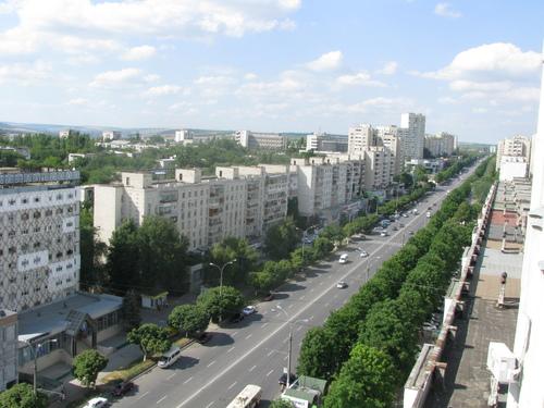 Либеральная партия хочет переименовать Московский проспект в Проспект унири