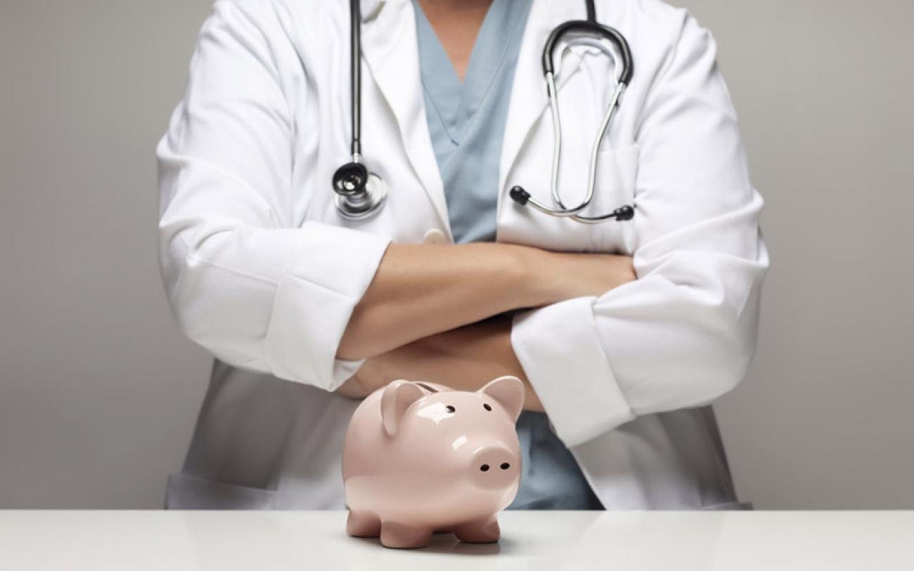 Медикам приплатили