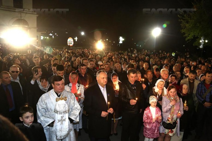 Президент И.Додон встретил светлый праздник вместе с православными Молдовы