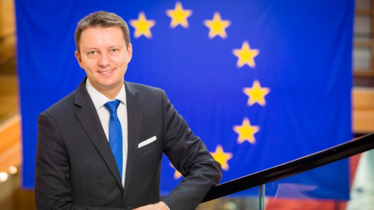 Зигфрид Мурешан: Молдавские граждане желают видеть более честных политиков, не находящихся в конфликте с законом
