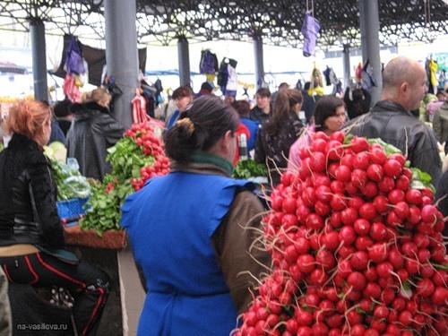 Лабораторный анализ показал превышение уровня нитратов в сезонных овощах и фруктах
