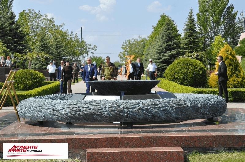 На территории мемориального комплекса «Шерпенский плацдарм» состоялось перезахоронение останков неизвестных советских воинов