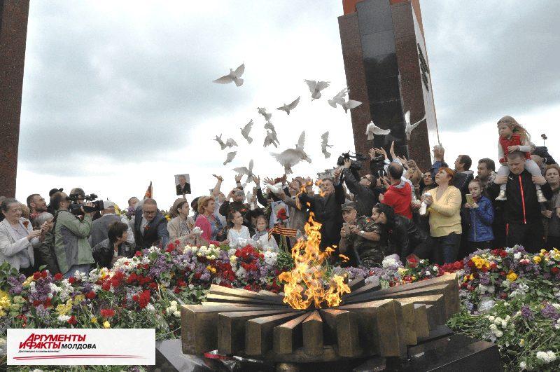 Марш Победы прошёл по Кишинёву