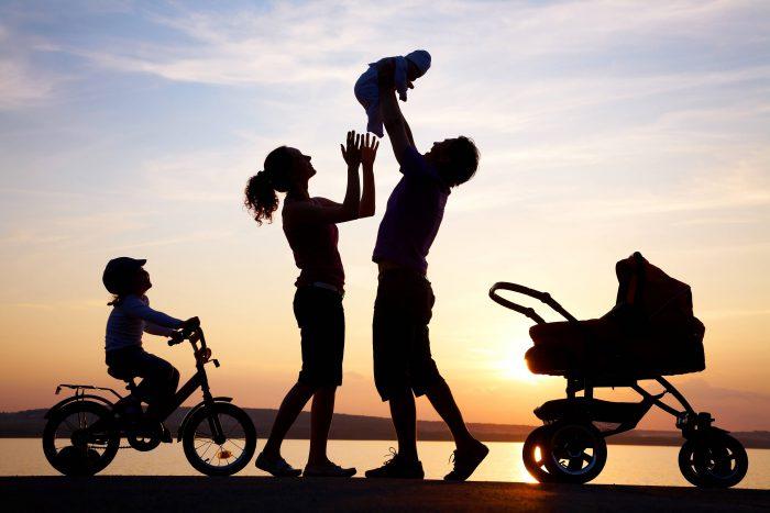 В субботу в Кишинёве и других городах страны пройдёт Марш семьи, а в воскресенье - большой семейный праздник