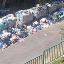 Скопившийся во дворах жилых домов мусор становится серьёзной проблемой для кишинёвцев