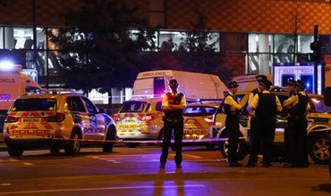 В Лондоне автомобиль врезался в людей, выходивших из мечети