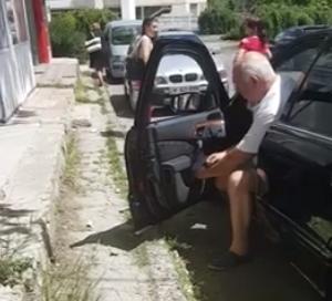 Сбить пешехода ради парковочного места попытался столичный водитель (ФОТО)