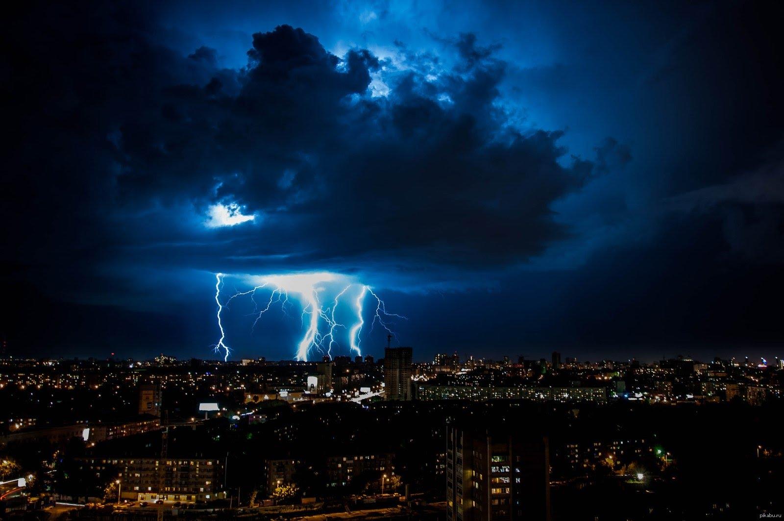 Внимание, на Молдову надвигается ураган!